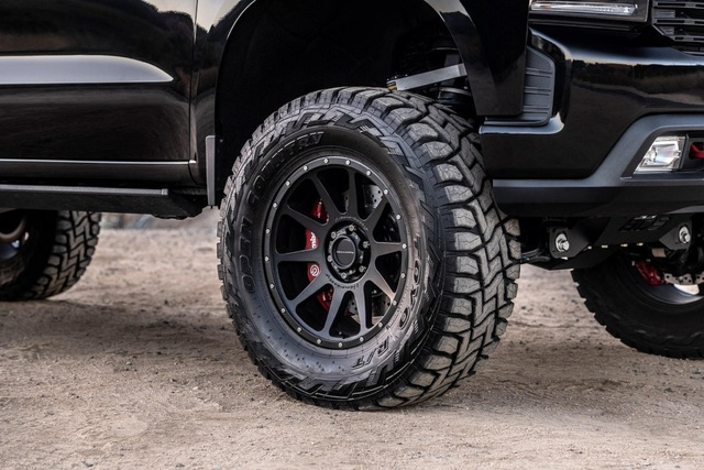 Goliath 6×6 - Không chỉ là Chevrolet Silverado lắp thêm 2 bánh - 5