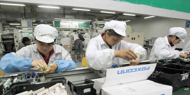 Lộ bản thiết kế iPhone 11, Apple sẽ phạt đối tác sản xuất đến gần 600 tỷ đồng - 1