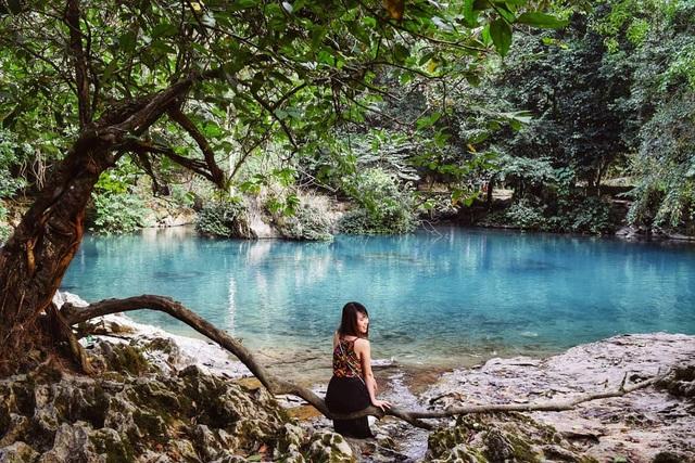 """""""Phát sốt"""" với con suối có màu xanh ngọc bích, đẹp như tiên cảnh ở Cao Bằng - 2"""