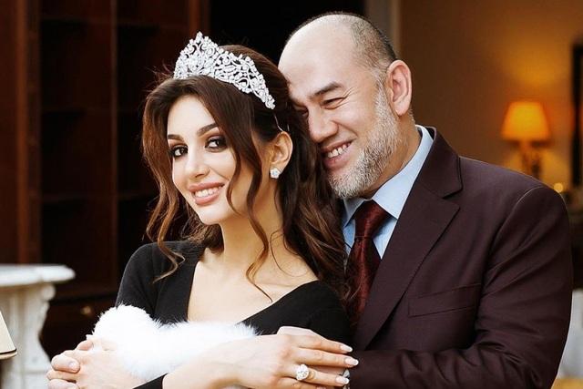 Luật sư xác nhận cựu vương Malaysia đã ly hôn người đẹp Nga - 1