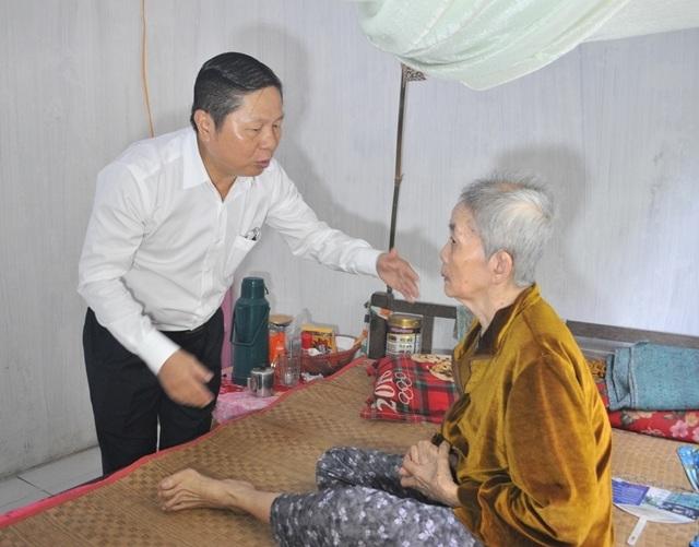 Bộ LĐ-TBXH trao nhà tình nghĩa đến gia đình chính sách ở Vĩnh Long - 3
