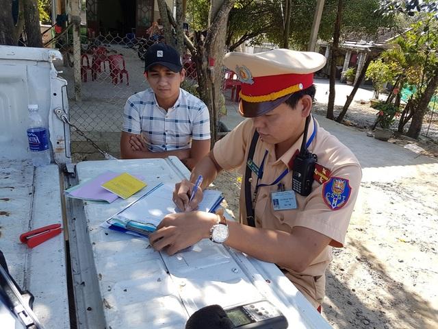 CSGT Công an Quảng Nam ra quân xử lý phương tiện vi phạm