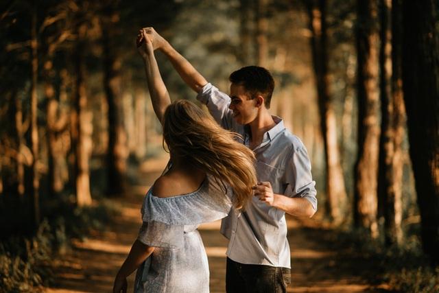 Cô gái phát hiện bạn trai ngoại tình nhờ… vòng theo dõi sức khỏe - 1