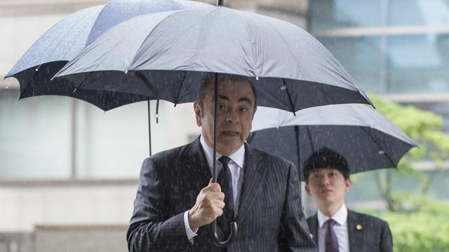 Cựu chủ tịch Carlos Ghosn kiện cả Nissan và Mitsubishi - 1