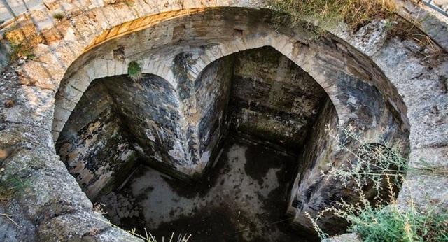 Phát hiện cấu trúc ngầm bí ẩn ở Nga - 1