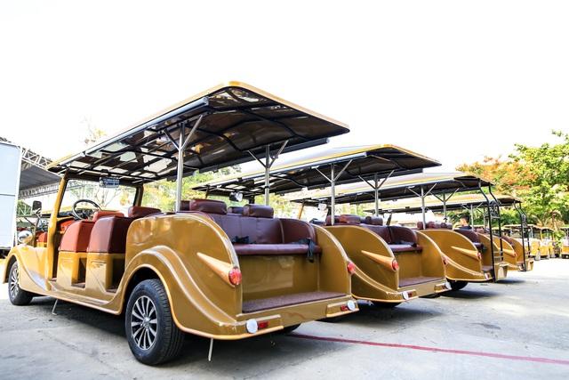 Hội An đưa vào hoạt động xe buýt điện cổ điển