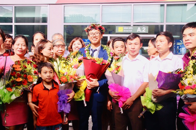 Nghệ An chào đón nam sinh giành huy chương Bạc Olympic Toán Quốc tế - 3