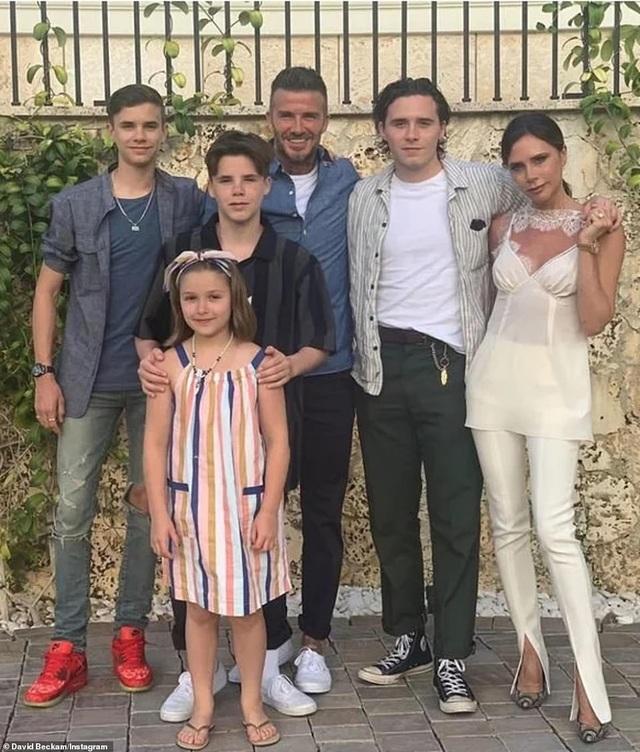 Gia đình Beckham đi săn tìm nhà mới - 2