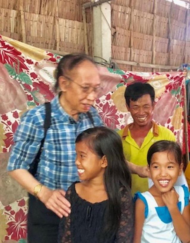 Trở lại thăm hai đứa con tinh thần, Tổng biên tập báo Dân trí tiếp tục giúp đỡ 2 bé Nhân - Ái - 4