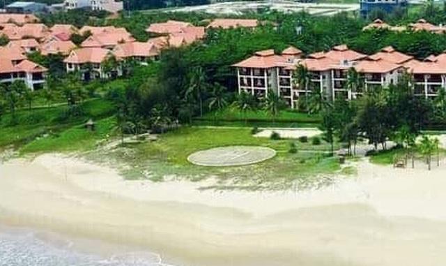 Khu nghỉ dưỡng ở Đà Nẵng xây bãi đáp trực thăng trên bãi cát công cộng - 1