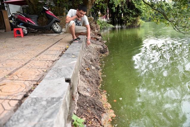 Bờ hồ Gươm nham nhở vì sạt lở kè - 4