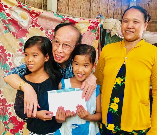 Trở lại thăm hai đứa con tinh thần, Tổng biên tập báo Dân trí tiếp tục giúp đỡ 2 bé Nhân - Ái - 5
