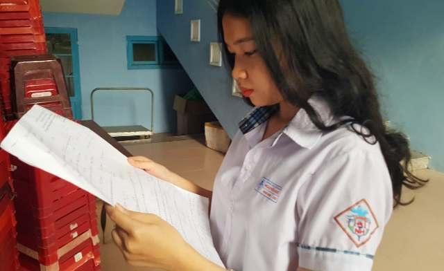 Miễn học phí toàn bộ 4 năm đại học cho nữ sinh mắc căn bệnh lạ - 2