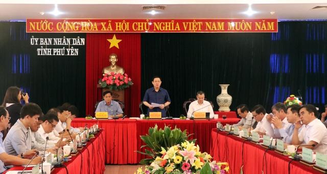 Phú Yên cần coi trọng phát triển kinh tế tập thể và phát triển doanh nghiệp - 1