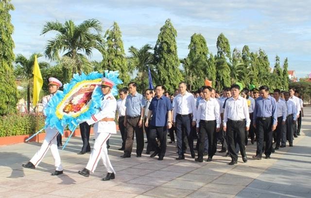 Phú Yên cần coi trọng phát triển kinh tế tập thể và phát triển doanh nghiệp - 2