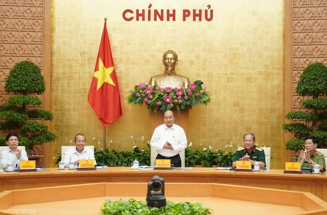 Thủ tướng Nguyễn Xuân Phúc: Cần xử lý hình sự người lái xe với nồng độ cồn trên 80mg/100ml máu - 1