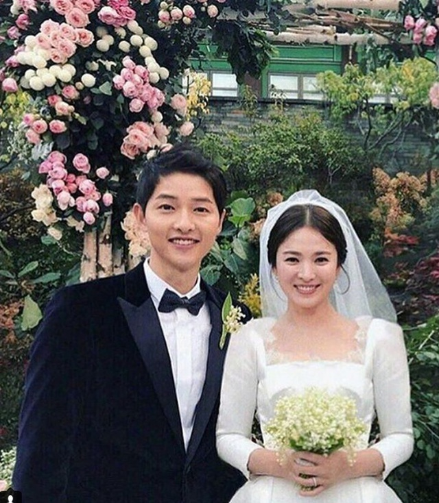 Hậu ly hôn, Song Hye Kyo mạnh tay gỡ bỏ hình ảnh liên quan tới chồng cũ - 2