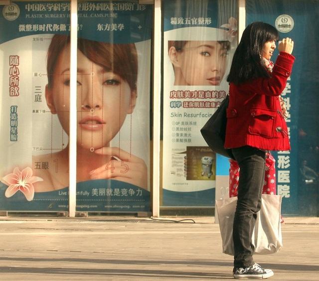 Giới trẻ Trung Quốc đua nhau đi thẩm mỹ trước khi vào đại học - 4