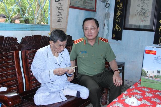 Tây Ninh: Truy điệu, an táng 245 hài cốt liệt sĩ - 4