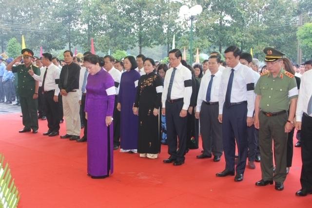 Tây Ninh: Truy điệu, an táng 245 hài cốt liệt sĩ - 1