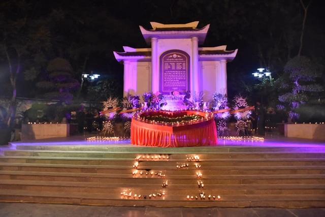 Hà Tĩnh: Nhiều hoạt động tri ân các anh hùng liệt sỹ - 5