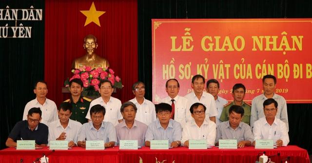 Phú Yên: Giao nhận 472 hồ sơ, kỷ vật của cán bộ đi B - 1