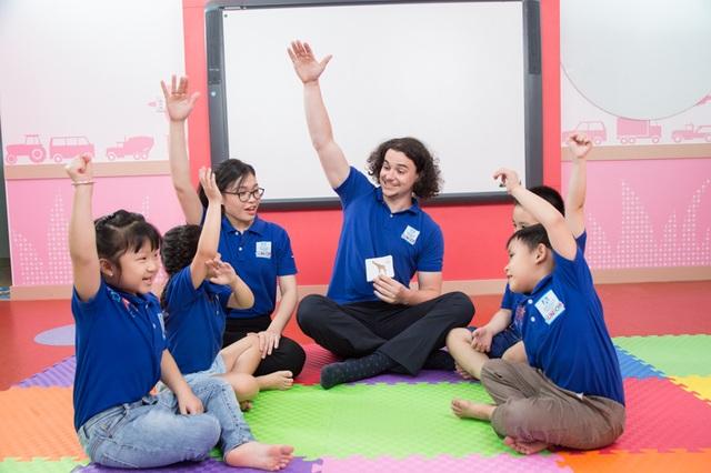 Nhà báo Hoàng Anh Tú: Đừng ép trẻ học, hãy để trẻ thích học - 2