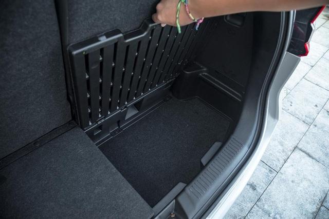 Đánh giá Suzuki Ertiga 2019 - Xe 7 chỗ đa dụng cho gia đình Việt - 9