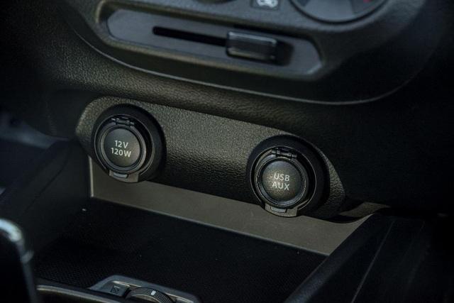 Đánh giá Suzuki Ertiga 2019 - Xe 7 chỗ đa dụng cho gia đình Việt - 10