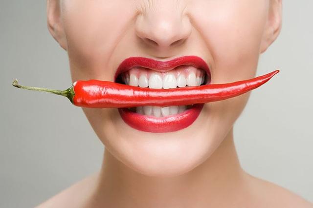 Ăn thức ăn cay mỗi ngày có nguy cơ mắc chứng mất trí nhớ cao - 1