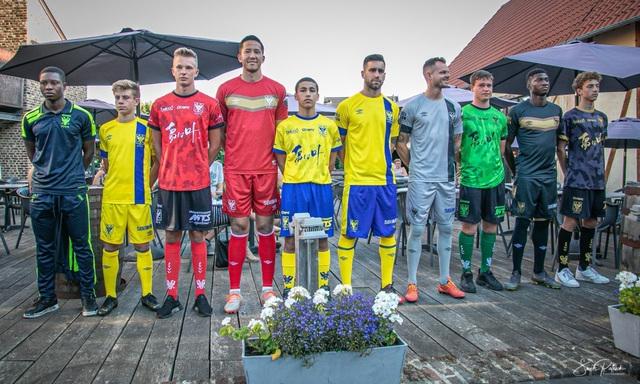 Công Phượng vắng mặt trong buổi ra mắt áo mới của Sint-Truidense - 1