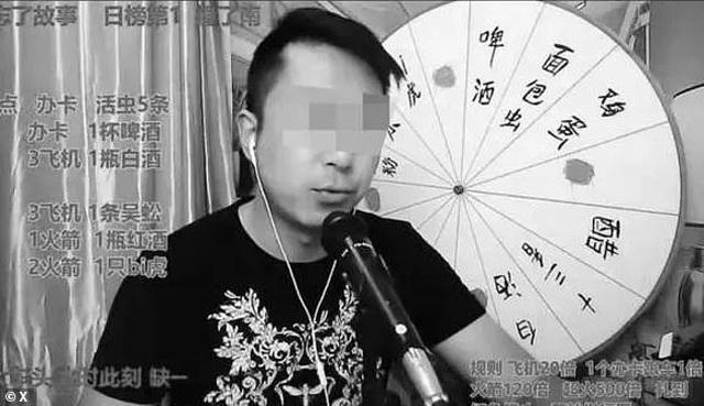 """Vlogger tử vong vì quay video ăn sống rết độc, tắc kè... để """"câu view"""" trên mạng xã hội - 1"""