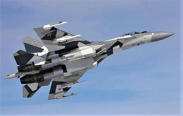 """Tiêm kích Su-35 - """"Vua"""" tác chiến trên không - 1"""