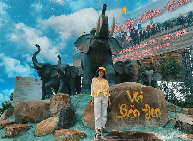Á khôi sinh viên Việt Nam vừa xinh đẹp vừa học giỏi Văn - 5