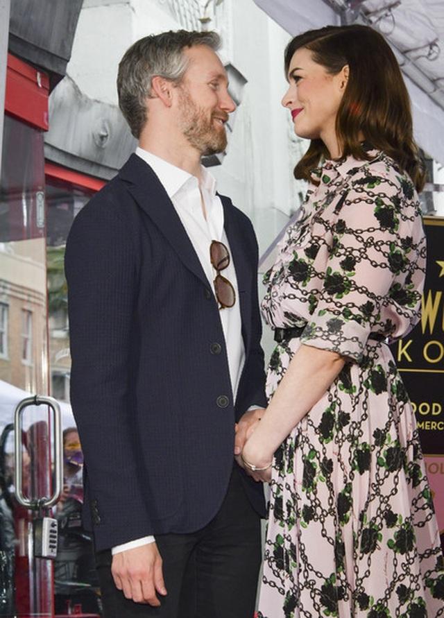 Anne Hathaway mang thai lần hai - 5