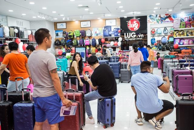 Khai trương cửa hàng thứ 55, LUG dẫn đầu về số lượng cửa hàng trên thị trường hành lý - 2
