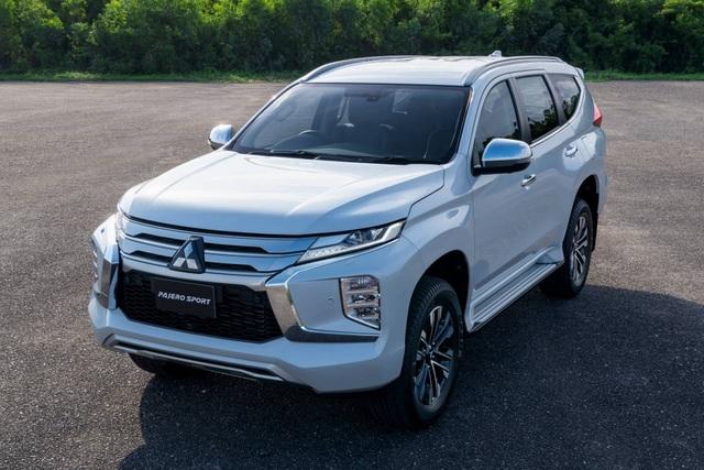 Mitsubishi Pajero Sport phiên bản mới 2020 - Chỉ thay đổi hình thức - 10