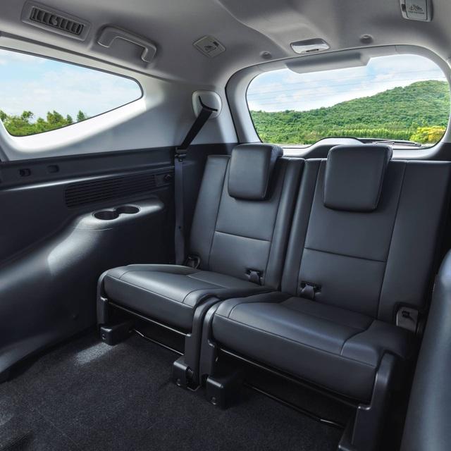Mitsubishi Pajero Sport phiên bản mới 2020 - Chỉ thay đổi hình thức - 22