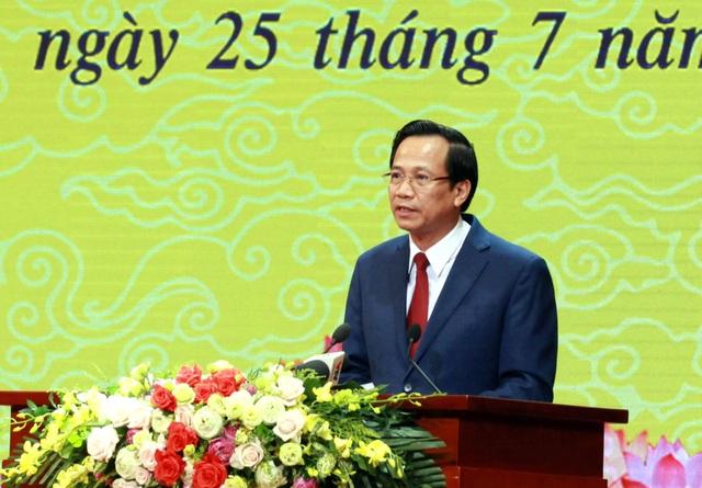 Bộ trưởng Đào Ngọc Dung: Với họ, nỗi đau chiến tranh dường như vẫn còn đó... - 2