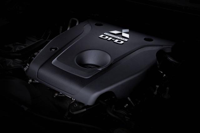 Mitsubishi Pajero Sport phiên bản mới 2020 - Chỉ thay đổi hình thức - 27