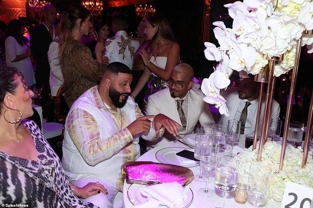 Jennifer Lopez mời 250 khách dự tiệc sinh nhật - 4