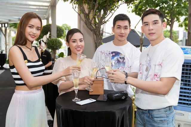 Hạnh phúc đáng ngưỡng mộ của Hoa hậu Diệu Hoa sau nhiều năm kết hôn - 7