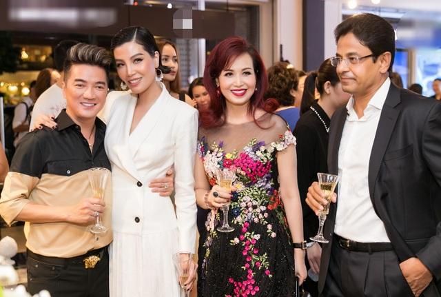 Hạnh phúc đáng ngưỡng mộ của Hoa hậu Diệu Hoa sau nhiều năm kết hôn - 2