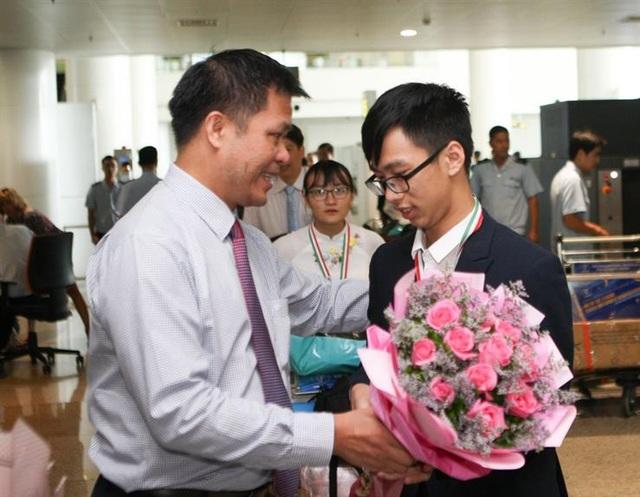 Olympic Sinh học quốc tế 2019: Cả đoàn học sinh Việt Nam đều đoạt huy chương - 1