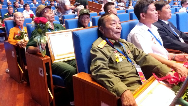 """Bộ trưởng Đào Ngọc Dung: """"Với họ, nỗi đau chiến tranh dường như vẫn còn đó..."""" - 3"""