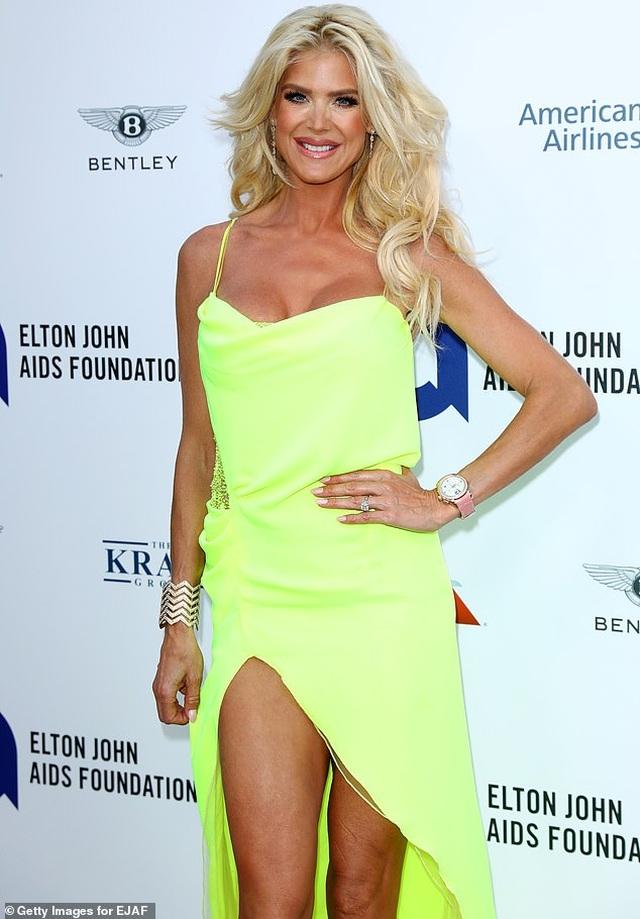 Hoa hậu Thụy Điển vẫn trẻ đẹp ở tuổi 45 - 5