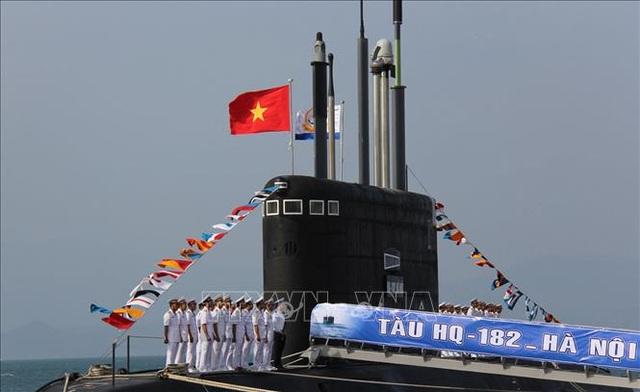 """Cận cảnh 6 """"Hố đen đại dương"""" thuộc Lữ đoàn Tàu ngầm của Hải quân Việt Nam - 2"""