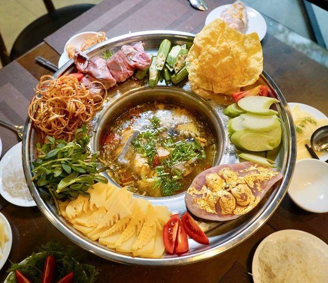 Học giới nhà giàu Dubai, dân chơi Việt chi bội tiền thưởng thức món ăn dát vàng  - 1