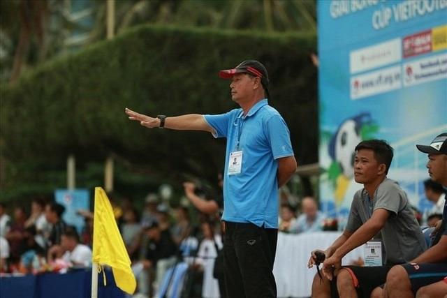 HLV bóng đá bãi biển Khánh Hoà nhận án phạt nặng vì dàn xếp tỷ số - 1