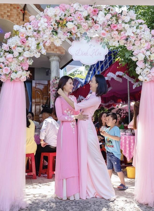 Em gái tài giỏi, xinh đẹp của Hoa hậu Ngọc Diễm kết hôn ở tuổi 23 - 7